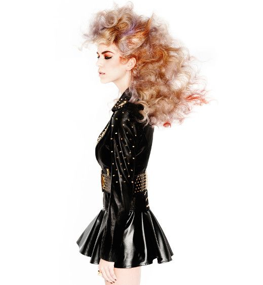 Louise Vlaar - Edge hairdo