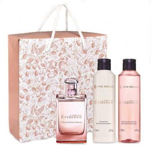 Epingle Sur Parfum Femme
