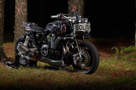Yamaha XJR1300 se transforma em lobo mau - Duas Rodas - Notícias, Testes, Vídeos e Lançamentos de Motos
