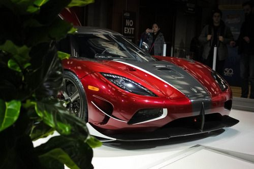 New Cars And Supercars The Latest Cars Here Http Howtocomparecarinsurance Net Top 10 Most Expensive Cars In The World Https Koenigsegg Car Wallpapers Car