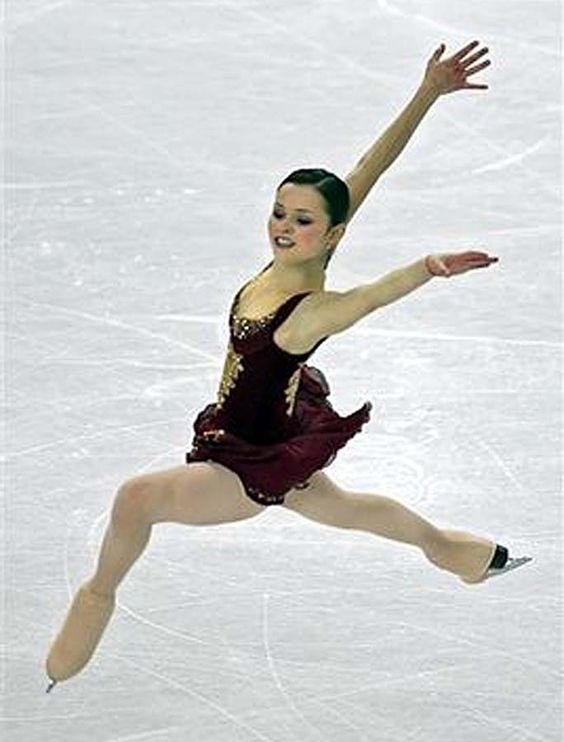 The art of Ice Skating. Sasha Cohen