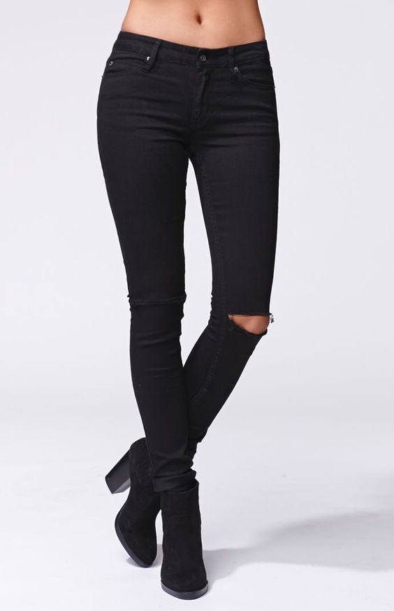 A PacSun.com Online Exclusive! The women&39s Prime Slit Knee Skinny