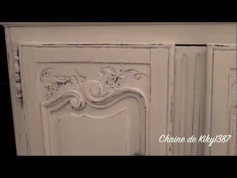 patiner un meuble relooking d 39 une commode peinture charme les d coratives youtube. Black Bedroom Furniture Sets. Home Design Ideas
