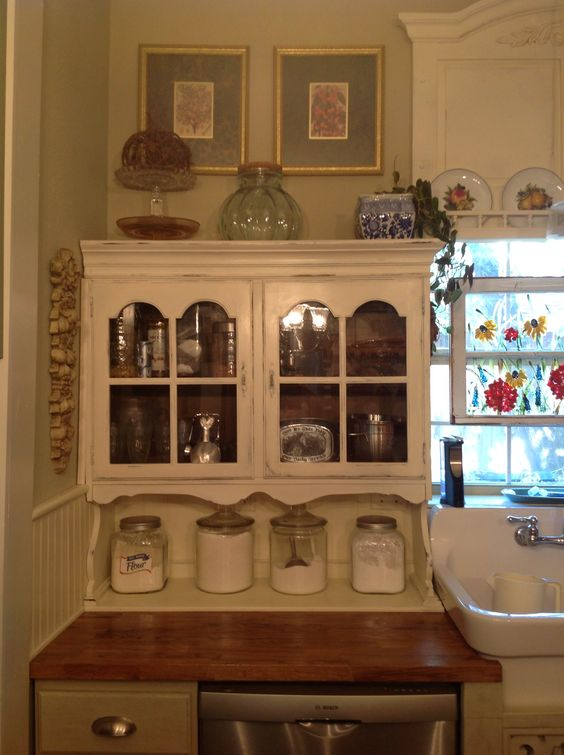 20 hutch top repurposed to a cabinet hutch top found on craigslist