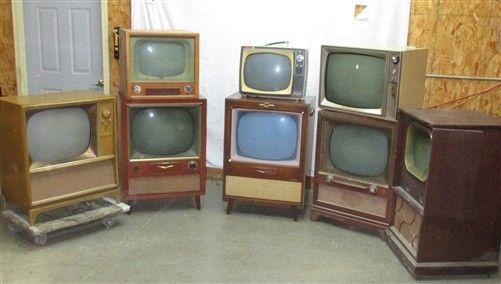 8 vintage television sets rca philco arvin 1949 50 mid for Floor model tv