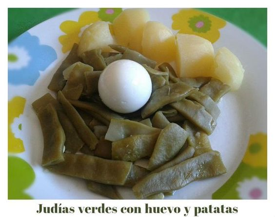 Judías verdes con huevo y patatas