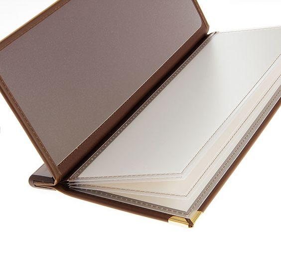 Carte de bar en simili cuir nubuck. Impression Or à chaud. Feuillets en pvc rigide.