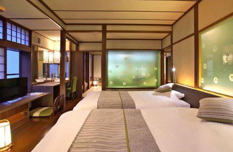 Guest room (Izumiyutei)   Kusatsu Onsen, Gunma Prefecture Naraya