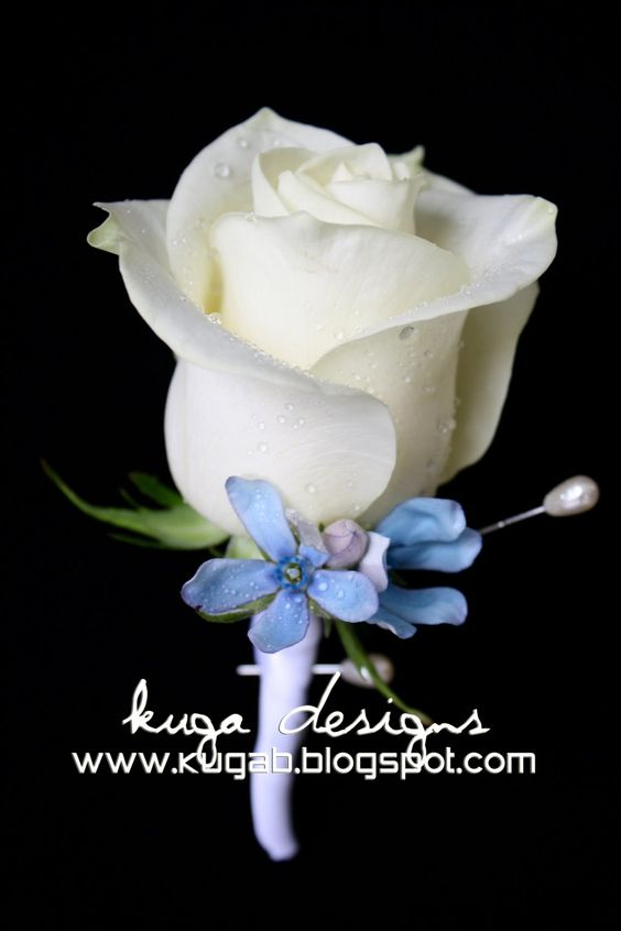 Blue Wedding Flowers Wedding Bouquet | The bridesmaids bouquets pictured here are unwrapped since I was going ...