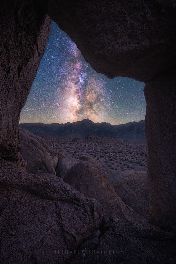 Taken at an arch located in Alabama Hills one of my favorite places to shoot and see the galaxy. :  Fotograf Window to the Beyond von Michael Shainblum auf 500px