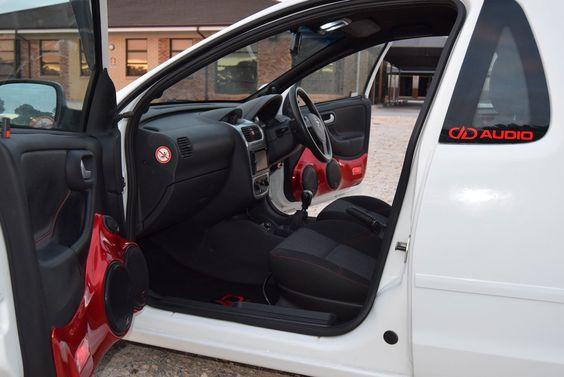DD Audio – 2006 Opel Corsa Utility