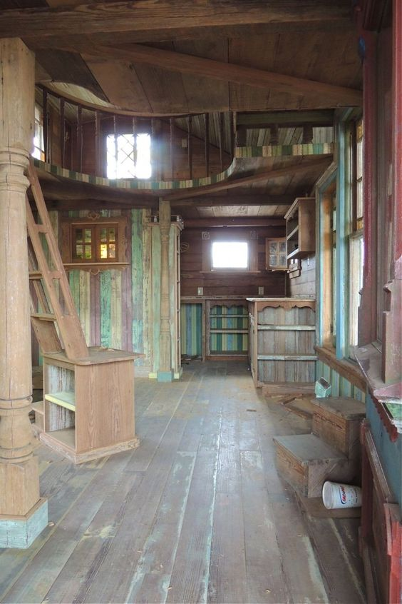 Pure Salvage Living (Tiny Texas Houses) <3 LOVE THESE <3
