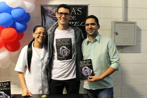 Lançamento do #livro #BodasDePapel na #UBC #UniversidadeBrazCubas em #MogiDasCruzes #SP