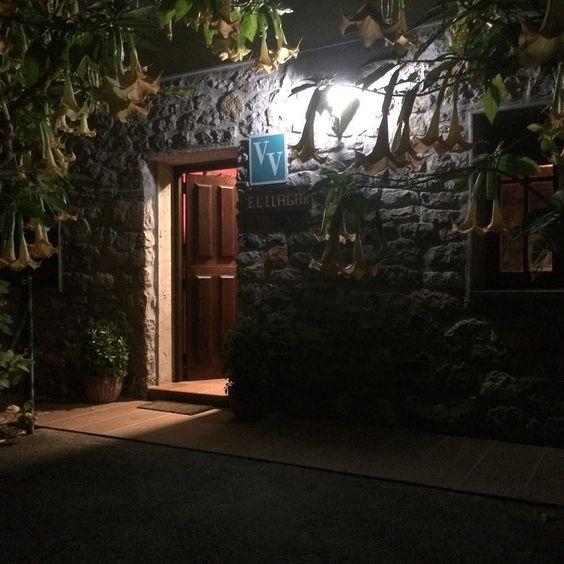Tardéos en el Llagar de sidra mezcla de olores y sabores. #sidradulce #floripondios #casarural  http://ift.tt/1T4uTNx