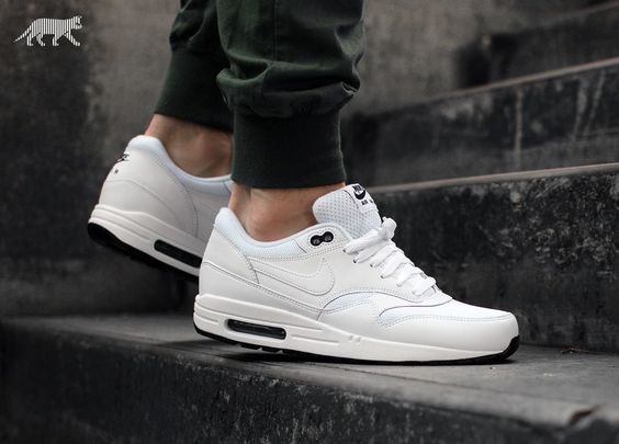 Nike Air Max 1 White On Feet leoncamier.co.uk