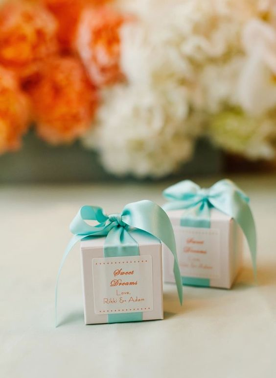 Featured Friday: B. toffee - Brooke Keegan Events #wedding #favors