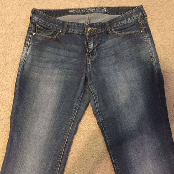 EXPRESS JEANS‼️ Comfortable Jeans!! Excellent condition!! Express Jeans Boot Cut
