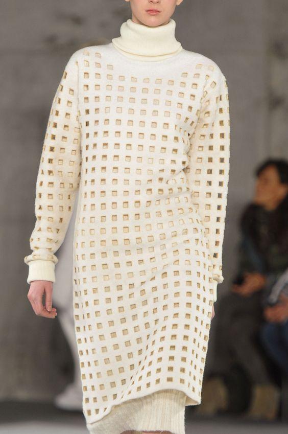 93 details photos of Edun at New York Fashion Week Fall 2014.