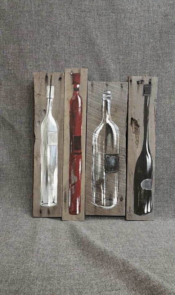 Wine Bottle Painting Pallet wall art decor, Red and White Wine, reclaimed wood, Distressed wine bottles, handmade, hand painted, gift