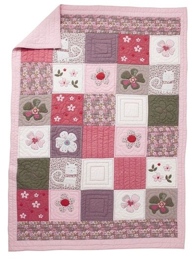 roses and patchwork on pinterest. Black Bedroom Furniture Sets. Home Design Ideas