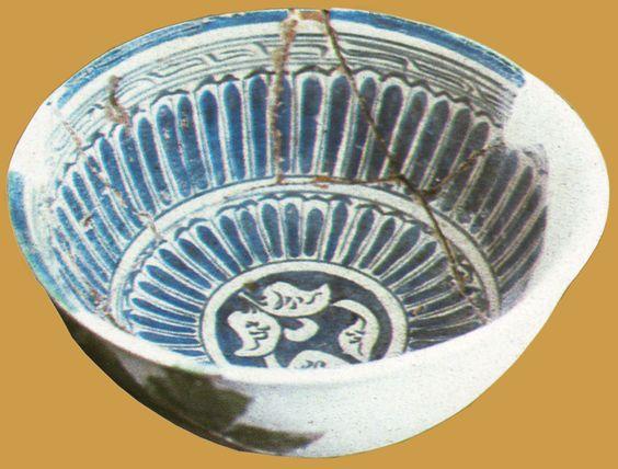 İznik Milet ware, bowl, 15th century, diameter: 23 cm, İznik excavation 1982…