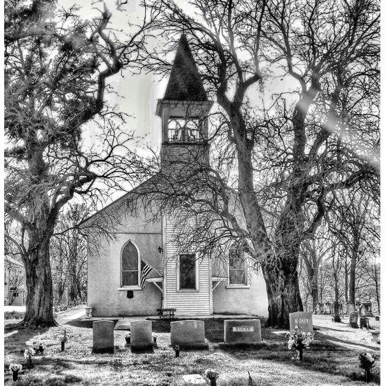 Sacred Heart Chapel, Bowie, MD Photo: @realmaryz - Berry's Children Dental | #Mitchellville #Bowie | #MD | www.berrychildrendental.com