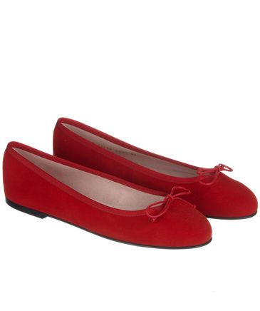 Dancing with red shoes! #prettyballerinas #fashion #fifties #style