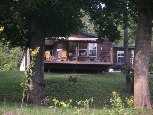 Arkansas Vacation Rentals. Located On A Pristine Shoal On The