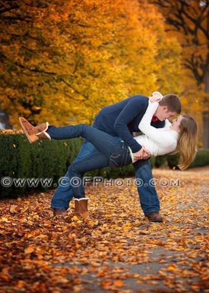almost makes me wish we were doing engagement pictures in the fall...but maybe we can do this with the blossoms!