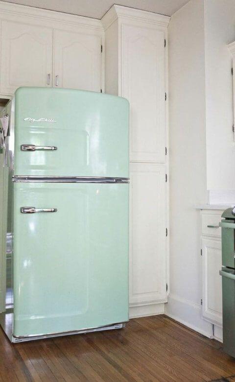 Geladeira colorida duplex verde retrô #geladeirascoloridas #cozinha #decoration