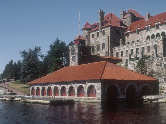 Castle or Boathouse?
