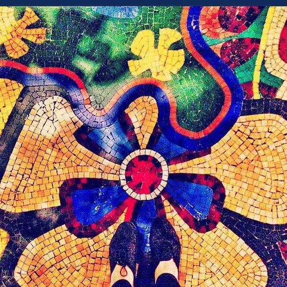 #Wynn #LasVegas #colors #shoes #instafashion #iger #fashionblogger #picoftheday #photography #photographer #mosaic  #tileaddiction #fromwhereistand #shoegame #ihavethisthingwithfloors by reexi