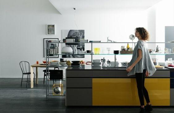 offene Küche gestalten Deko Ideen  graue Kochinsel