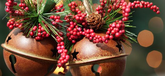 6 Merry Ideas for Budget-Friendly Holiday Decor