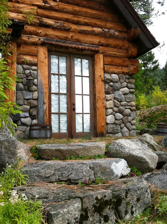 Big sky lodge style beautiful stone cabin and cabin for Stone and log homes