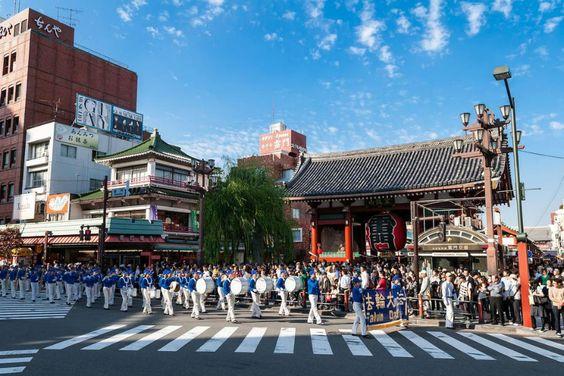Desfile em Tóquio expõe a verdade sobre perseguição ao Falun Gong na China | #China, #Conscientização, #Desfile, #FalunGong, #Japão, #MinghuiOrg, #Perseguição, #Prática, #TemploSensoji, #Tóquio