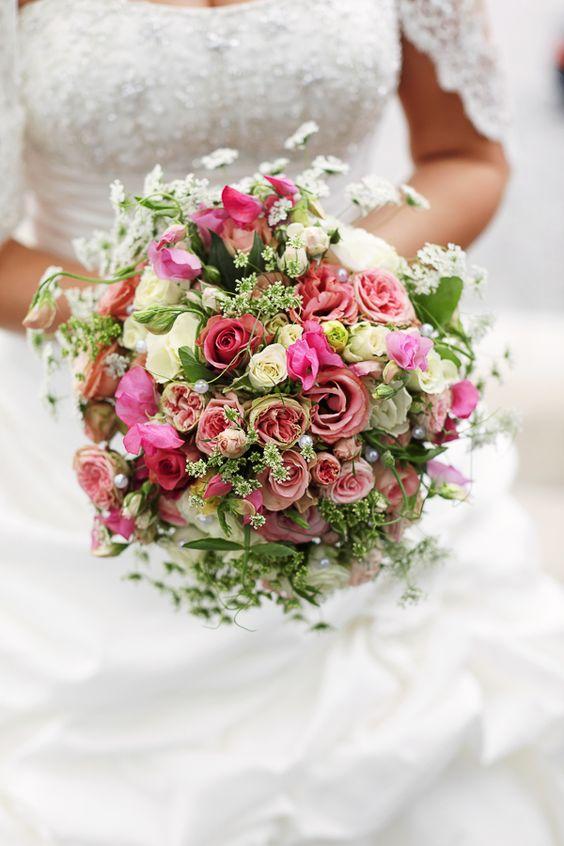 Brautstrauß flowers hochzeit blumen wedding bouquet bunt  Blumenwelt ...