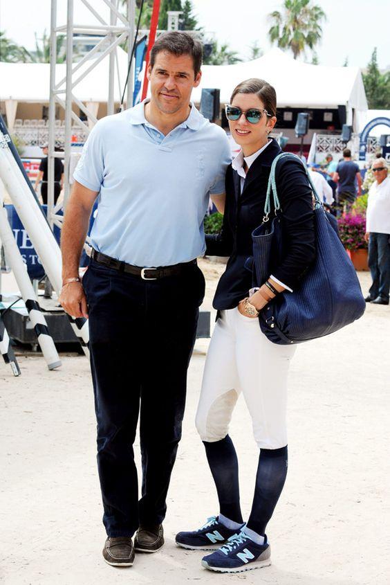 Luis Alfonso de Borbón, 45 y Margarita Vargas,31