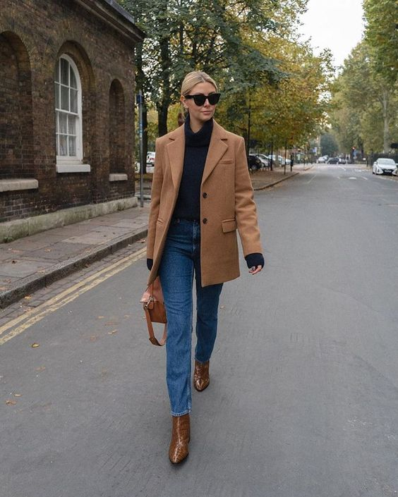 London Winter Fashion Trends: @emmahill wears a pair of mock-croc boots