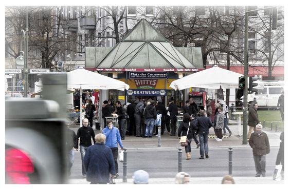 Platz der Currywurst von Berit Erlbacher - Berlin