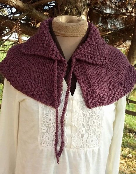 https://www.etsy.com/listing/229927215/hand-knit-highlands-capelet-free