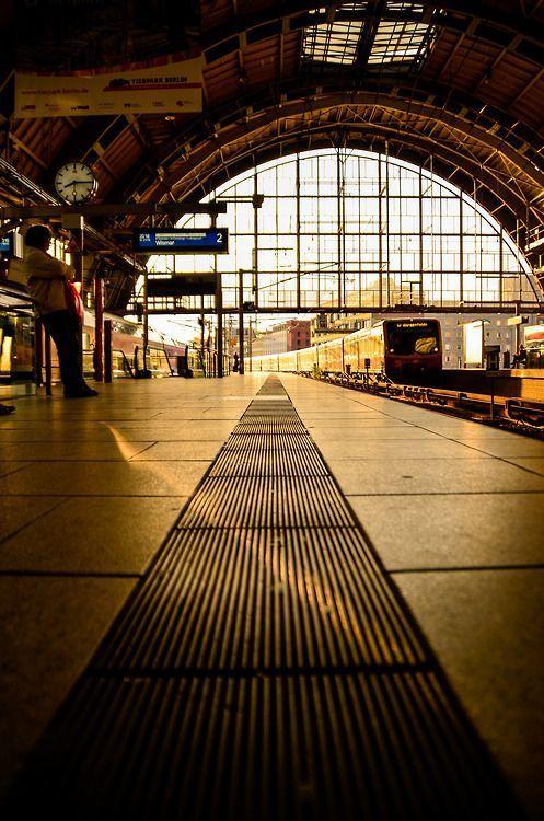 Alexanderplatz Berlin Alexanderplatz Es Una Gr Alexanderplatz Berlin Es Gr Schiene Una Berlin Paris Hotels Berlin Ubahn