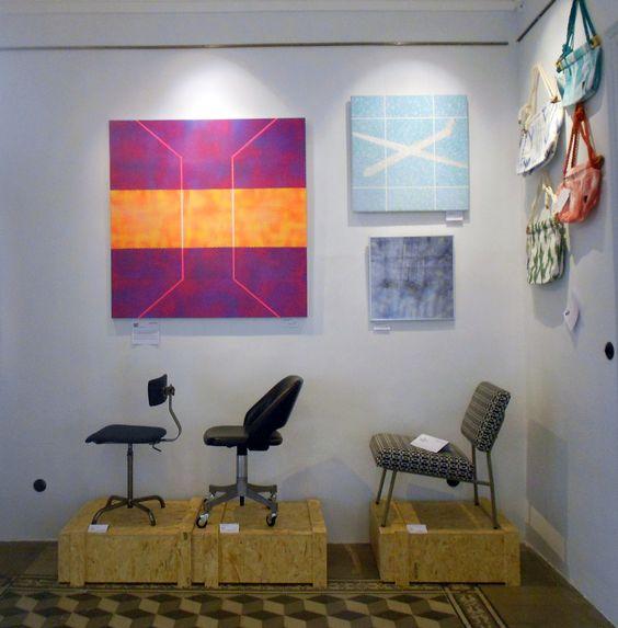 ['galəri] recoge una selección de muebles recuperados de Tumbleweed, cuadros de Colin McCallum y los bolsos exclusivos de los chicos de Tonguebag.