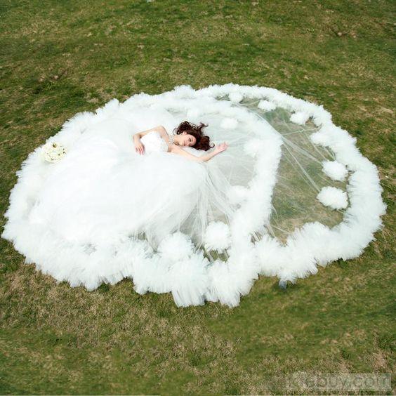 LuxuriousSweetheartEmpireFloor-Length WeddingDress