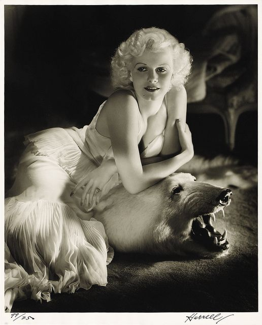 Portrait of Jean Harlow by George Hurrell.