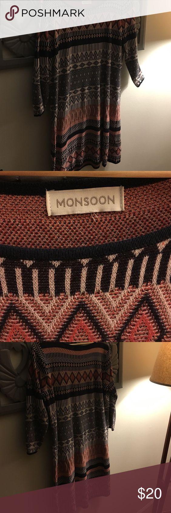 Great light weight knit dress Excellent condition, beautiful pattern Monsoon knit dress❤️ Monsoon Dresses Midi