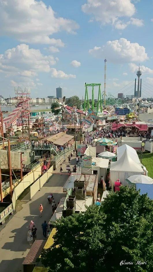 Düsseldorf - Rheinkirmes