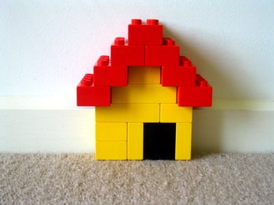 lego duplo yellow houses and lego on pinterest. Black Bedroom Furniture Sets. Home Design Ideas