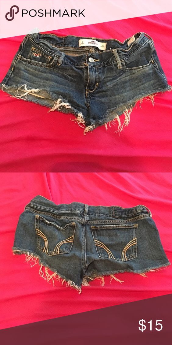 Hollister • Shorts • Sz 3 Comfortable shorts ! I'm no longer a 3 so I'm getting rid of these . Gently used . Great condition Hollister Shorts Jean Shorts