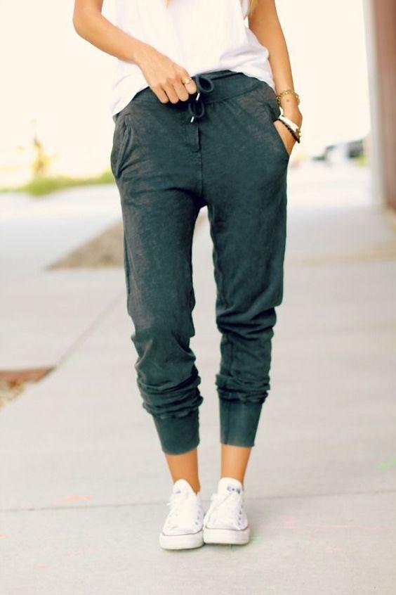 Casual | Catalina Christiano  Adidas trackpants